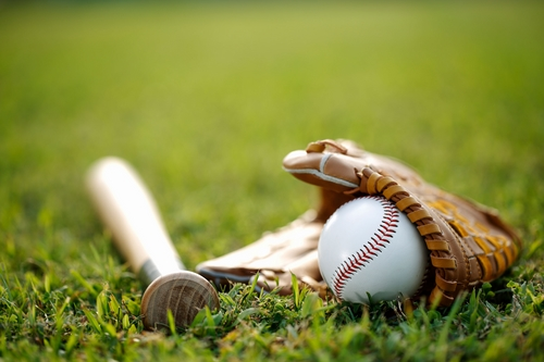 بیسبال چند نیمه دارد