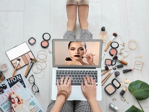 معنی بلاگر وبسایت چیست؟