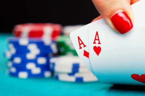 کارت های بازی پوکر به چه صورت است ؟